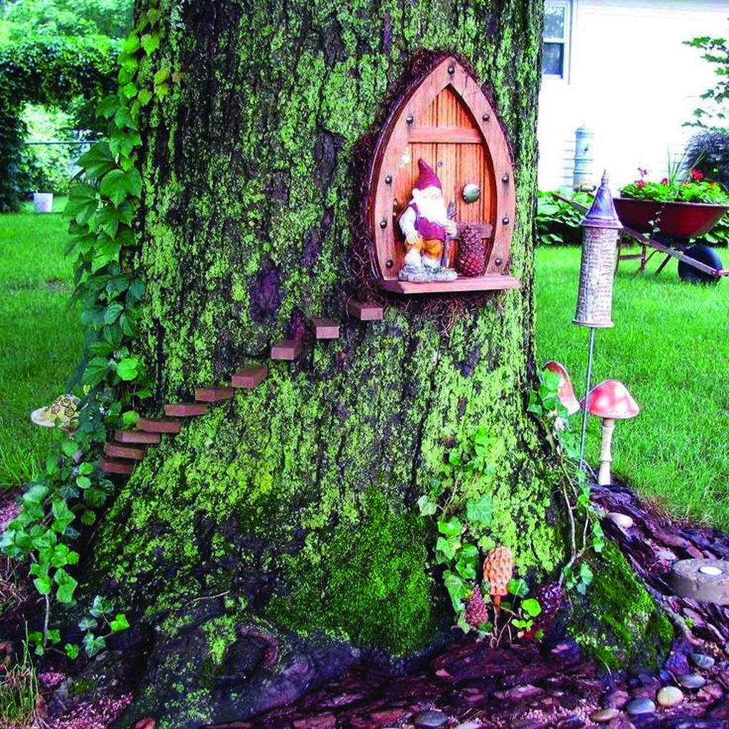 Lovely Beautiful Fairy Garden Design Ideas 13