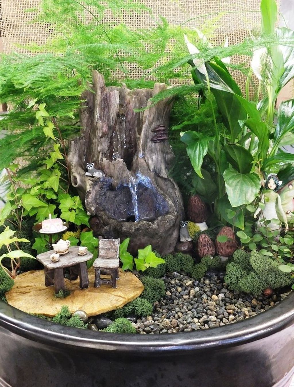 Lovely Beautiful Fairy Garden Design Ideas 24