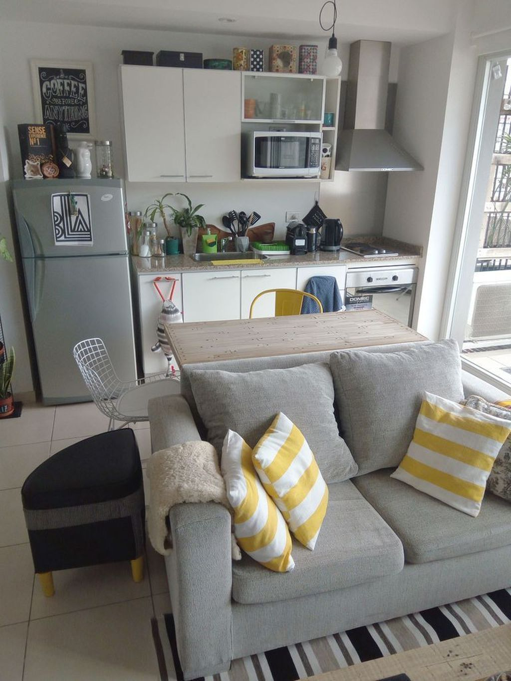 Perfect Small Apartment Decorating Ideas 03