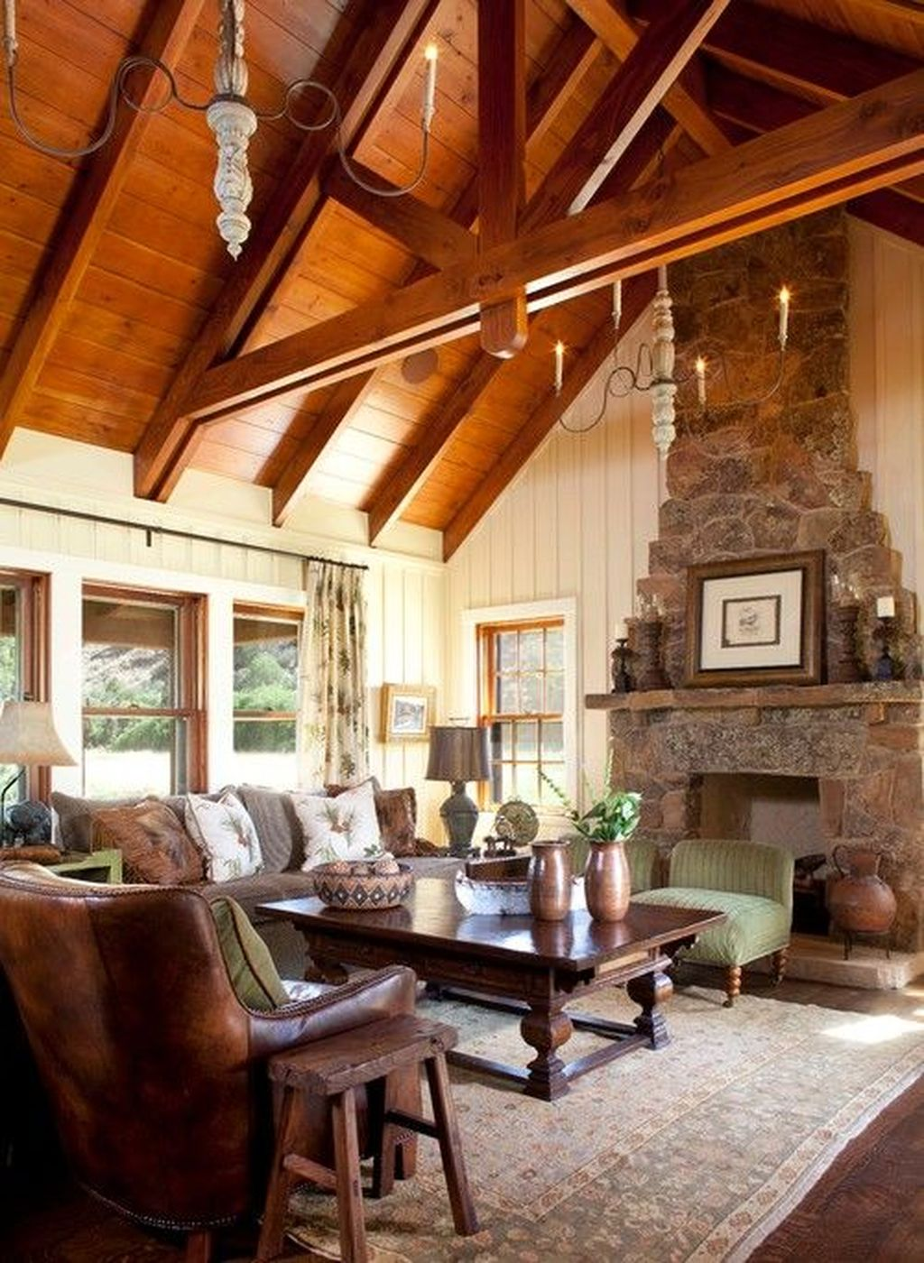 Stunning Lodge Living Room Decor Ideas 06