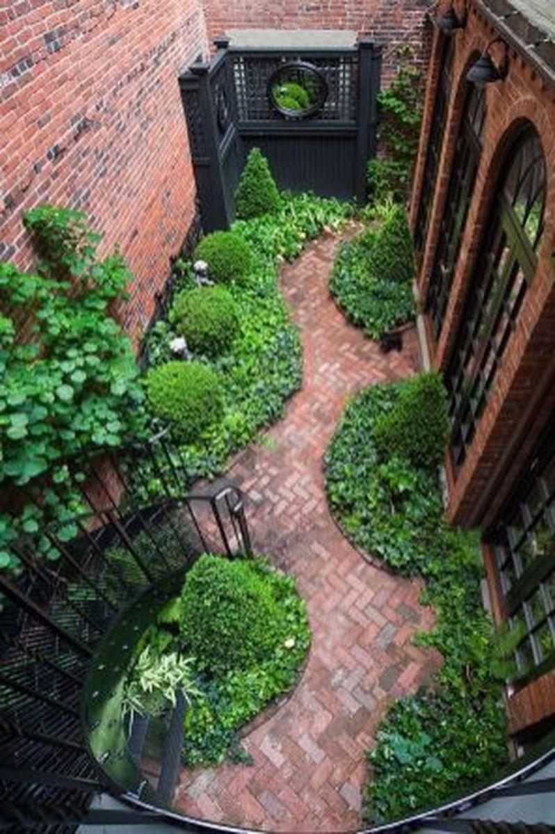 Stunning Tiny Garden Design Ideas To Get Beautiful Look 06