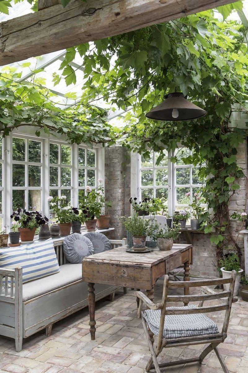 Stunning Tiny Garden Design Ideas To Get Beautiful Look 15