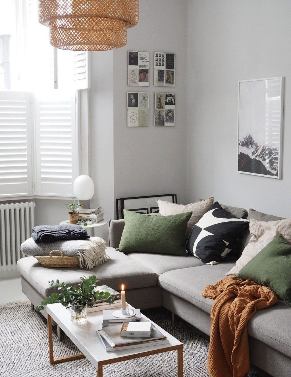 Amazing Scandinavian Living Room Decor Ideas 21