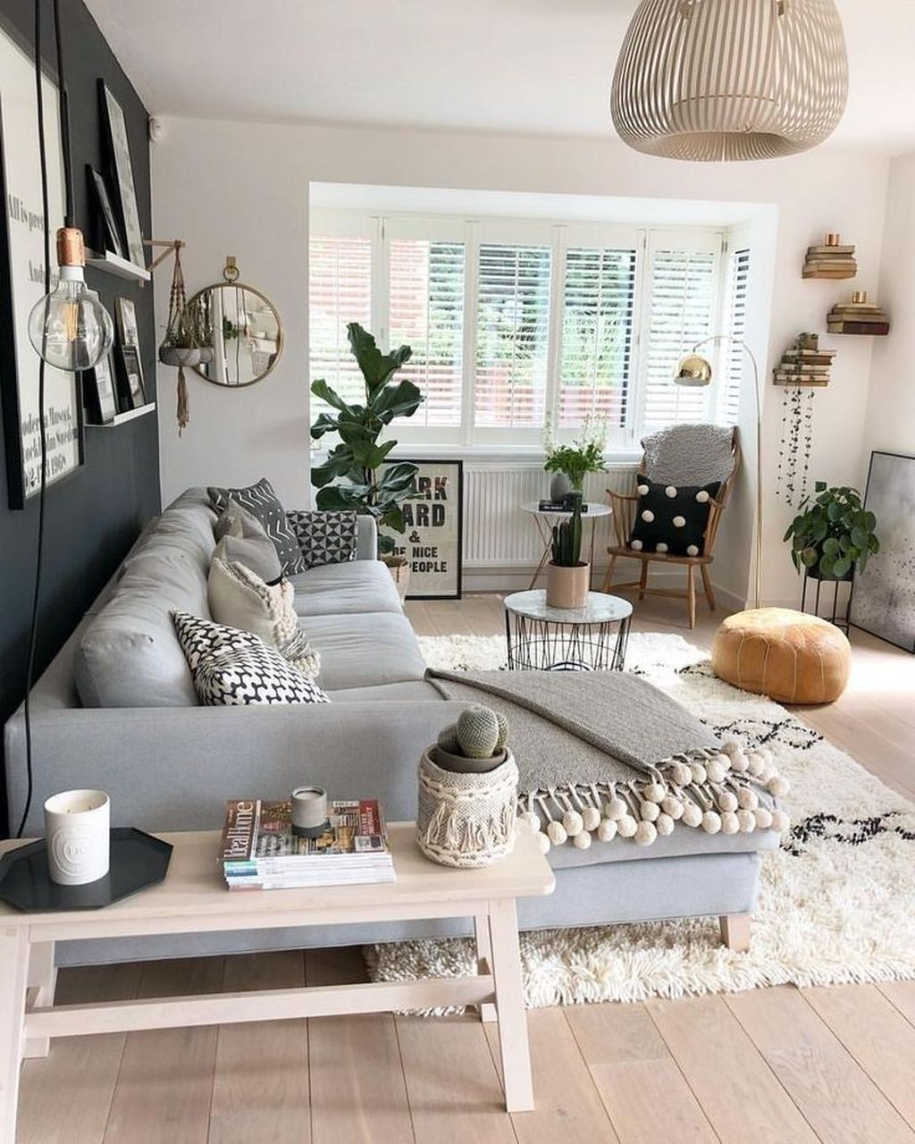 Amazing Scandinavian Living Room Decor Ideas 24