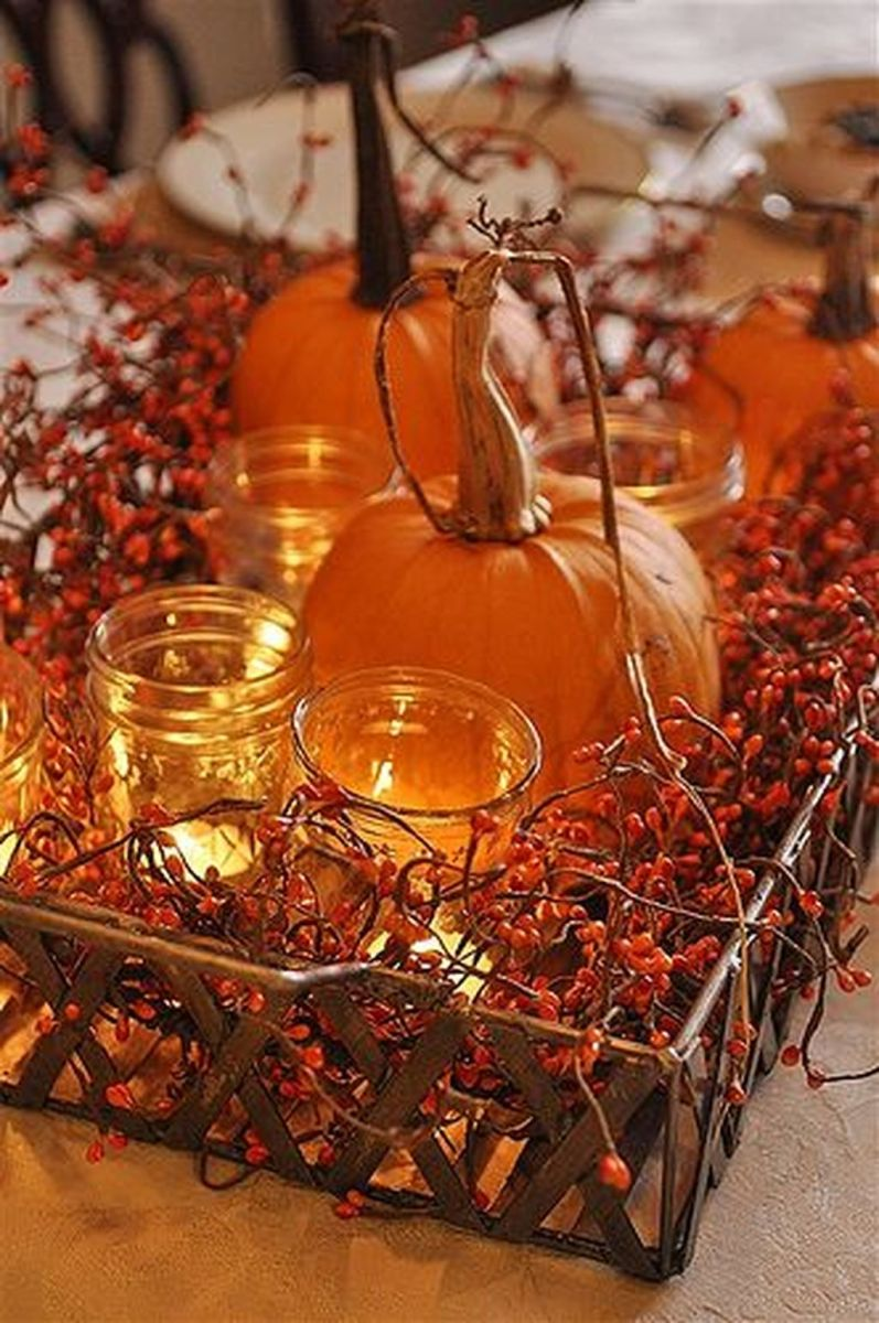 Awesome Fall Table Decorations Ideas You Should Apply This Year 02