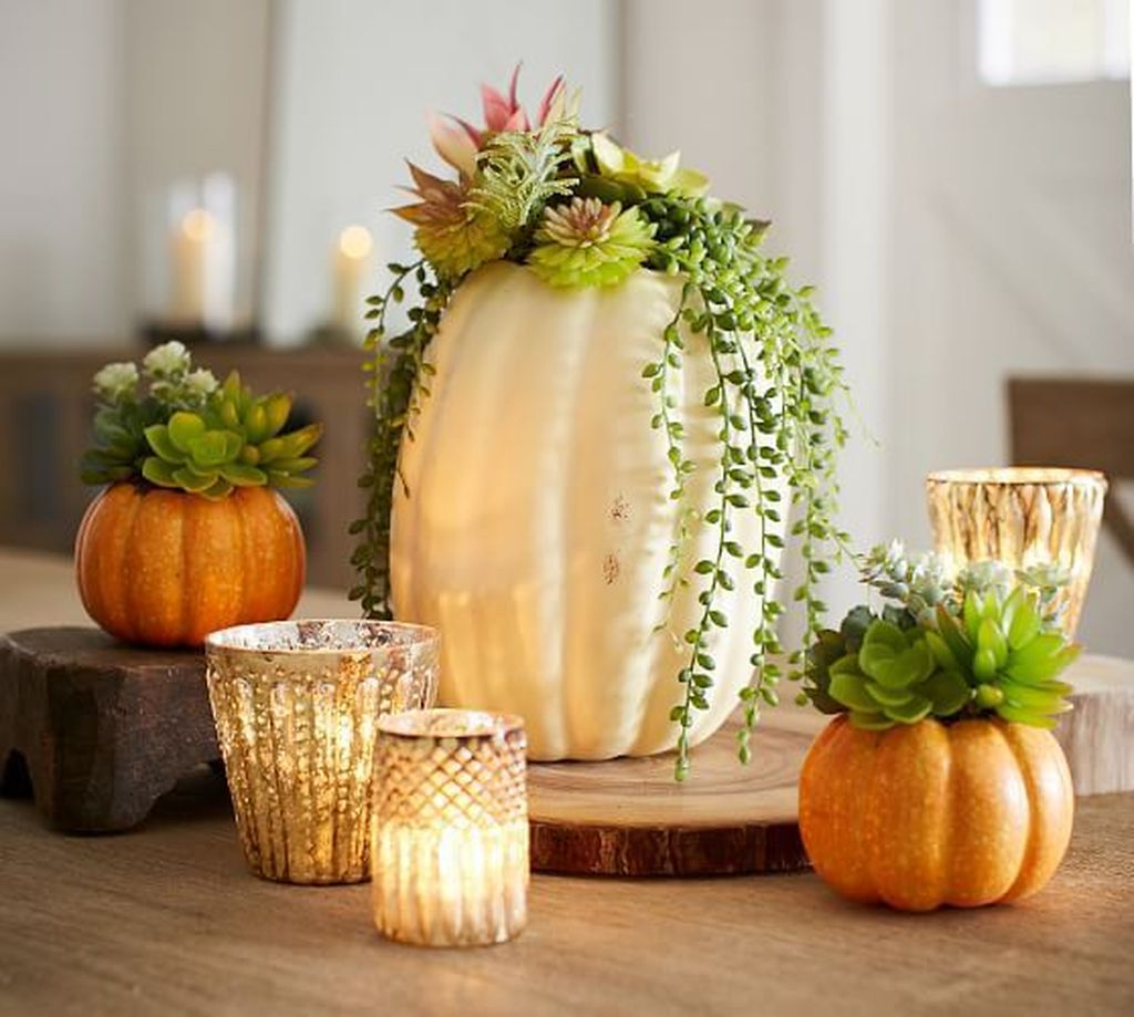 Awesome Fall Table Decorations Ideas You Should Apply This Year 11