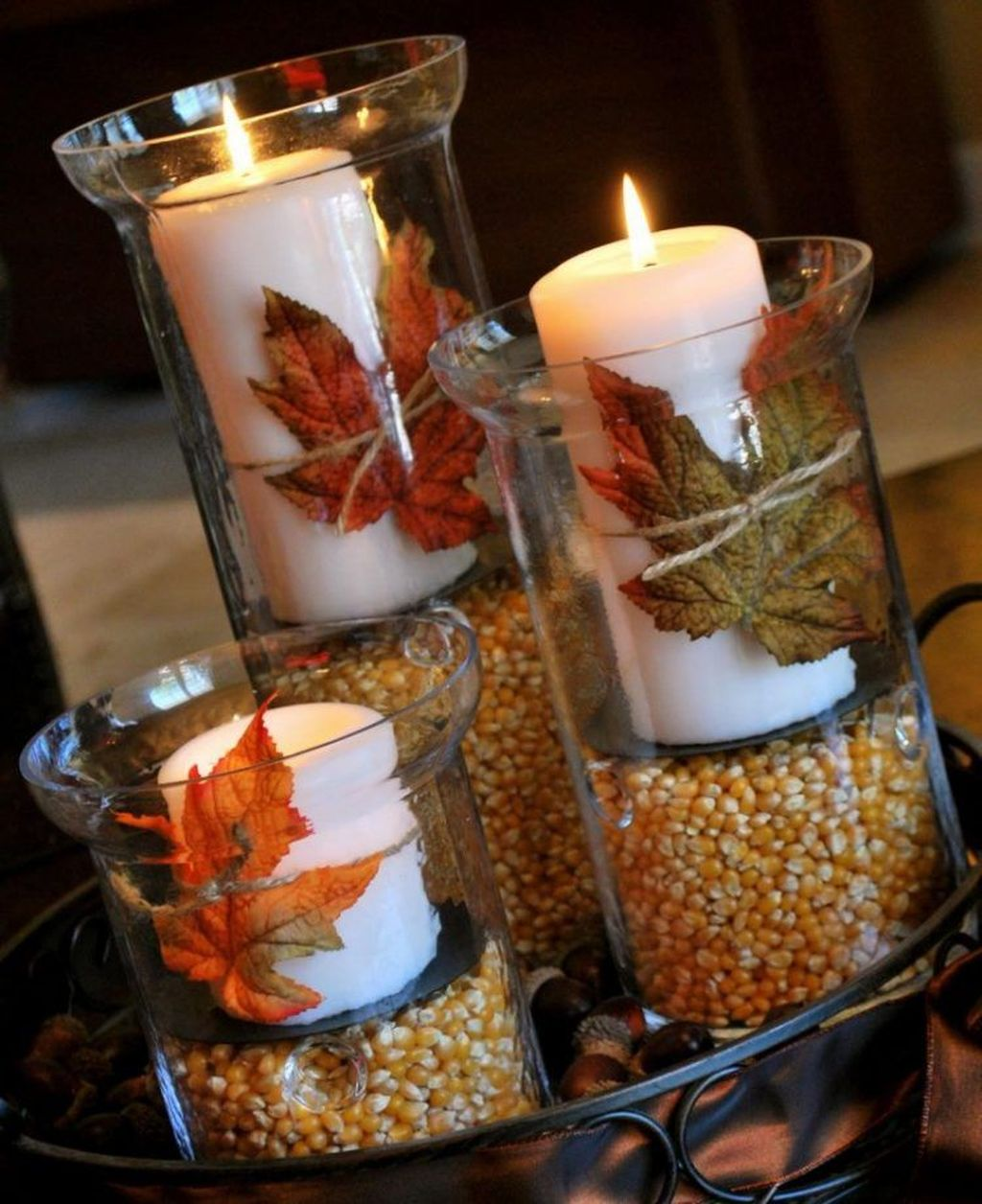 Awesome Fall Table Decorations Ideas You Should Apply This Year 18
