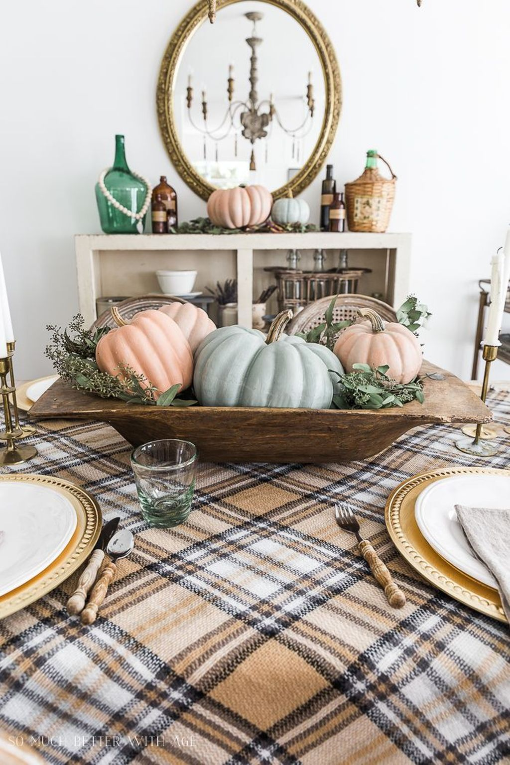 Awesome Fall Table Decorations Ideas You Should Apply This Year 26