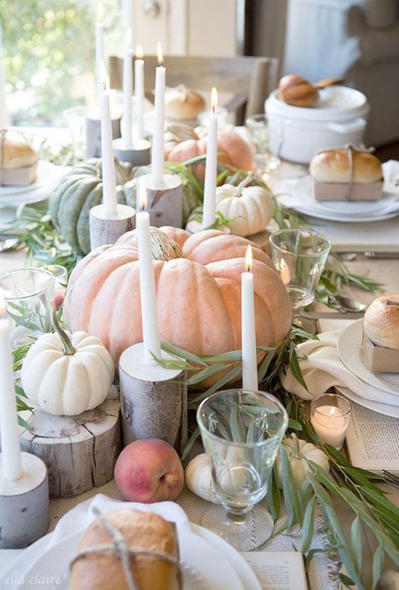 Awesome Fall Table Decorations Ideas You Should Apply This Year 29