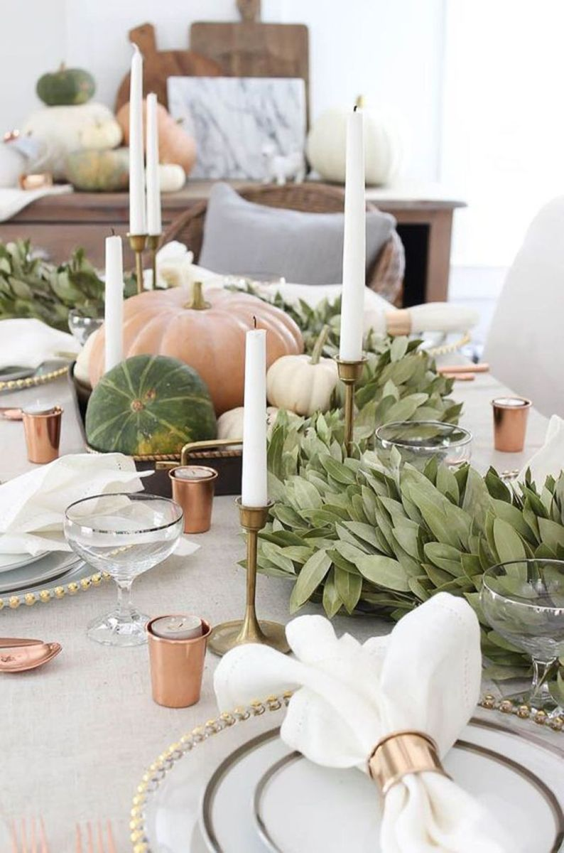 Awesome Fall Table Decorations Ideas You Should Apply This Year 32