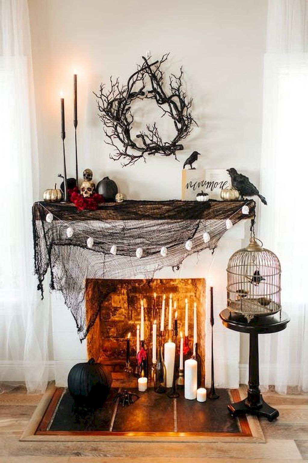 Awesome Spooky Halloweeen Home Decoration Ideas 07