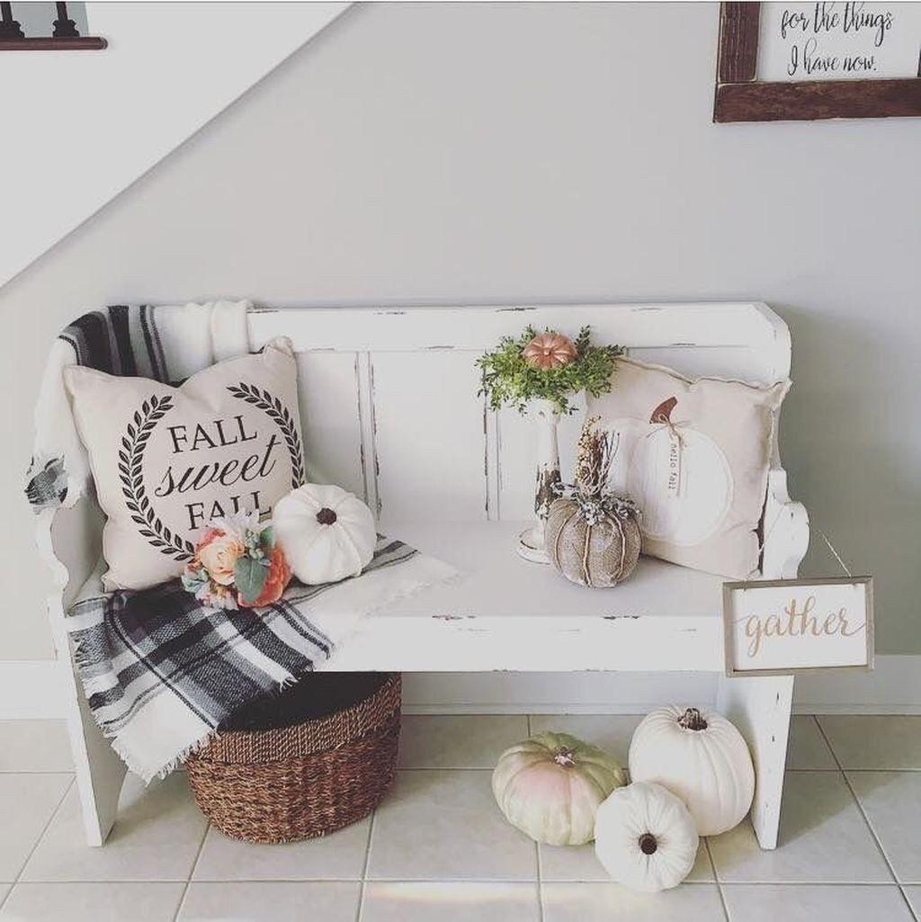 Beautiful Fall Entryway Decor Ideas 15