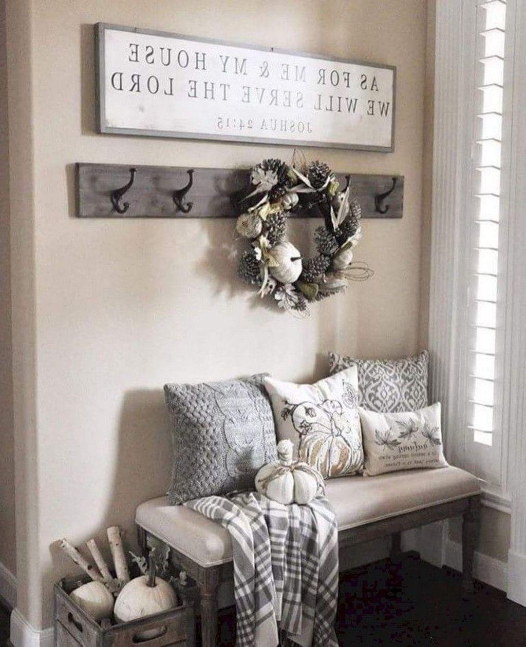 Beautiful Fall Entryway Decor Ideas 20