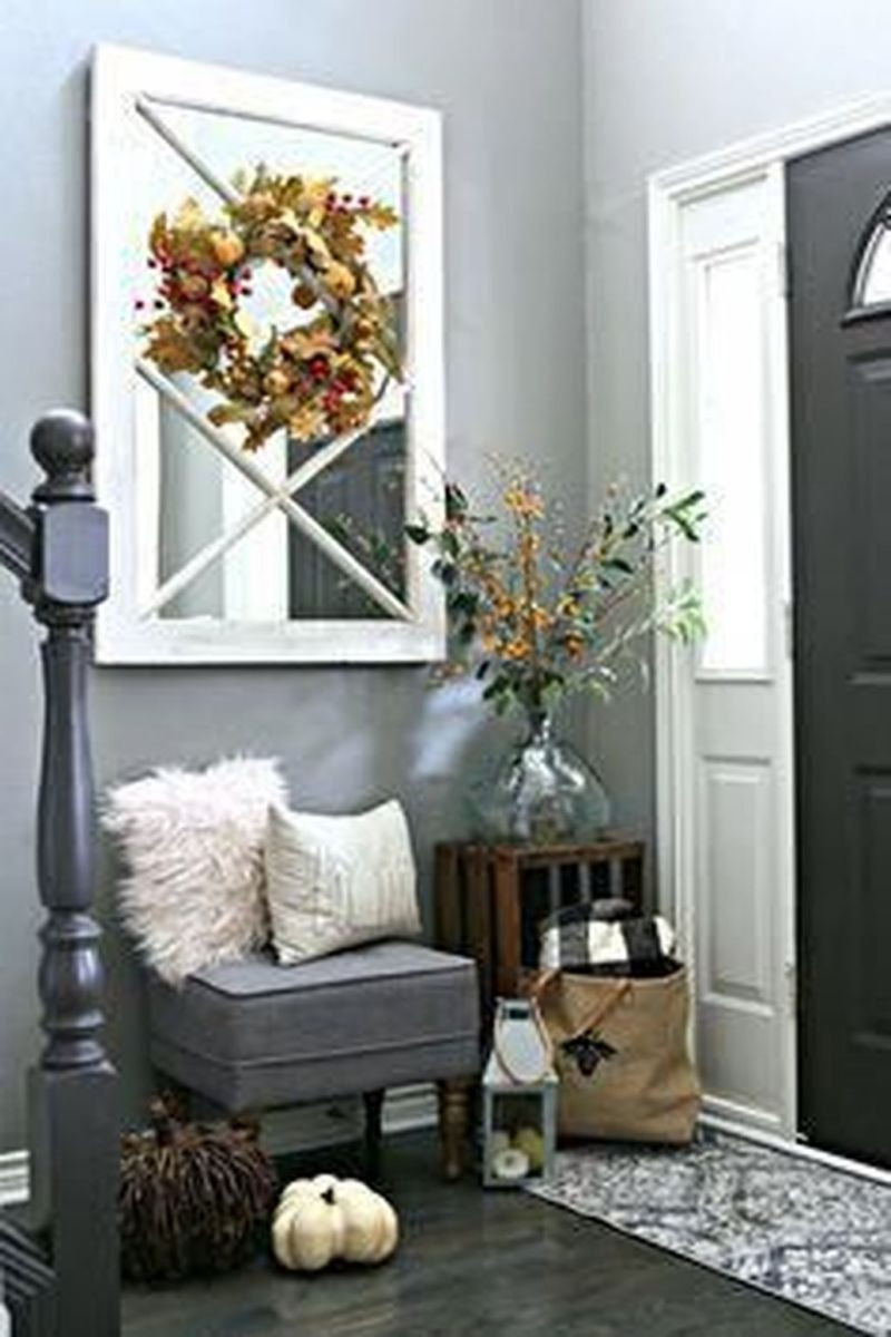 Beautiful Fall Entryway Decor Ideas 25