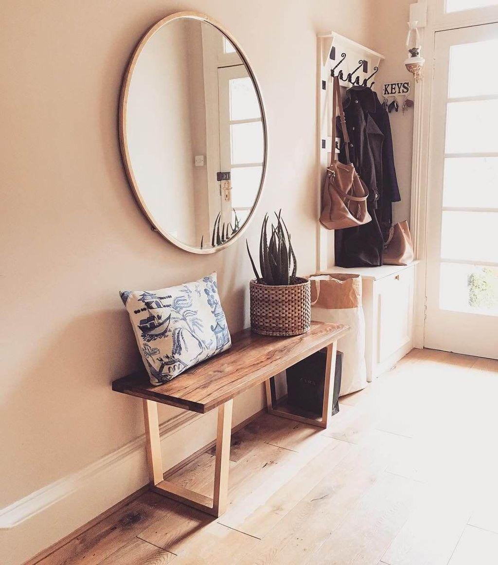 Beautiful Fall Entryway Decor Ideas 30