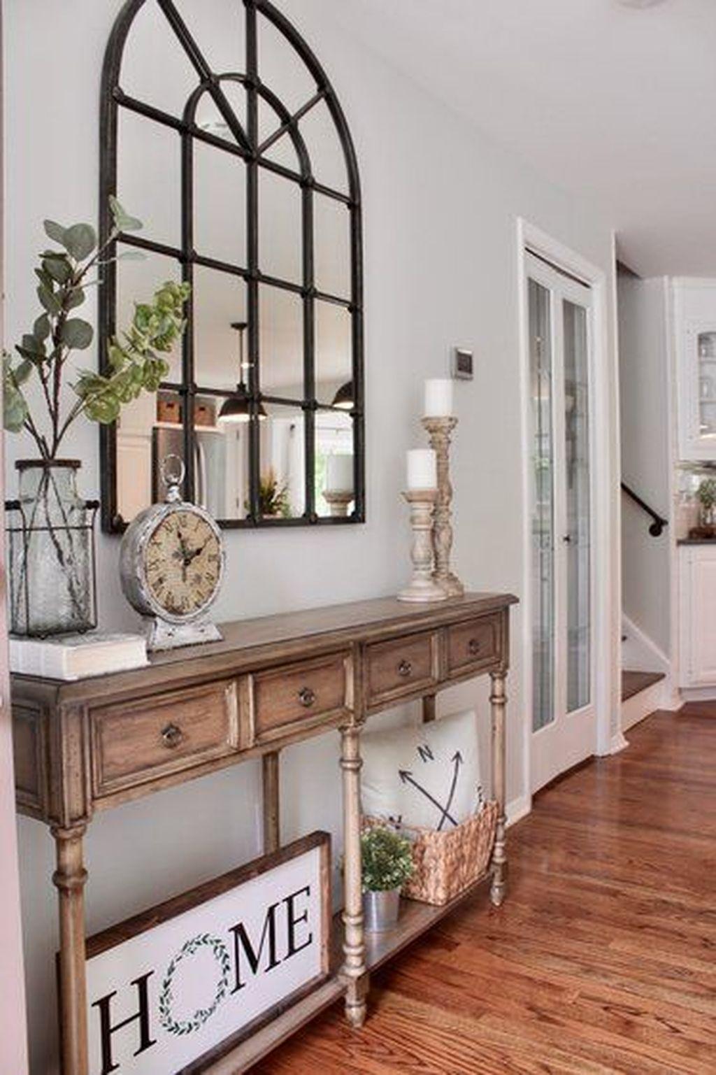 Beautiful Fall Entryway Decor Ideas 31