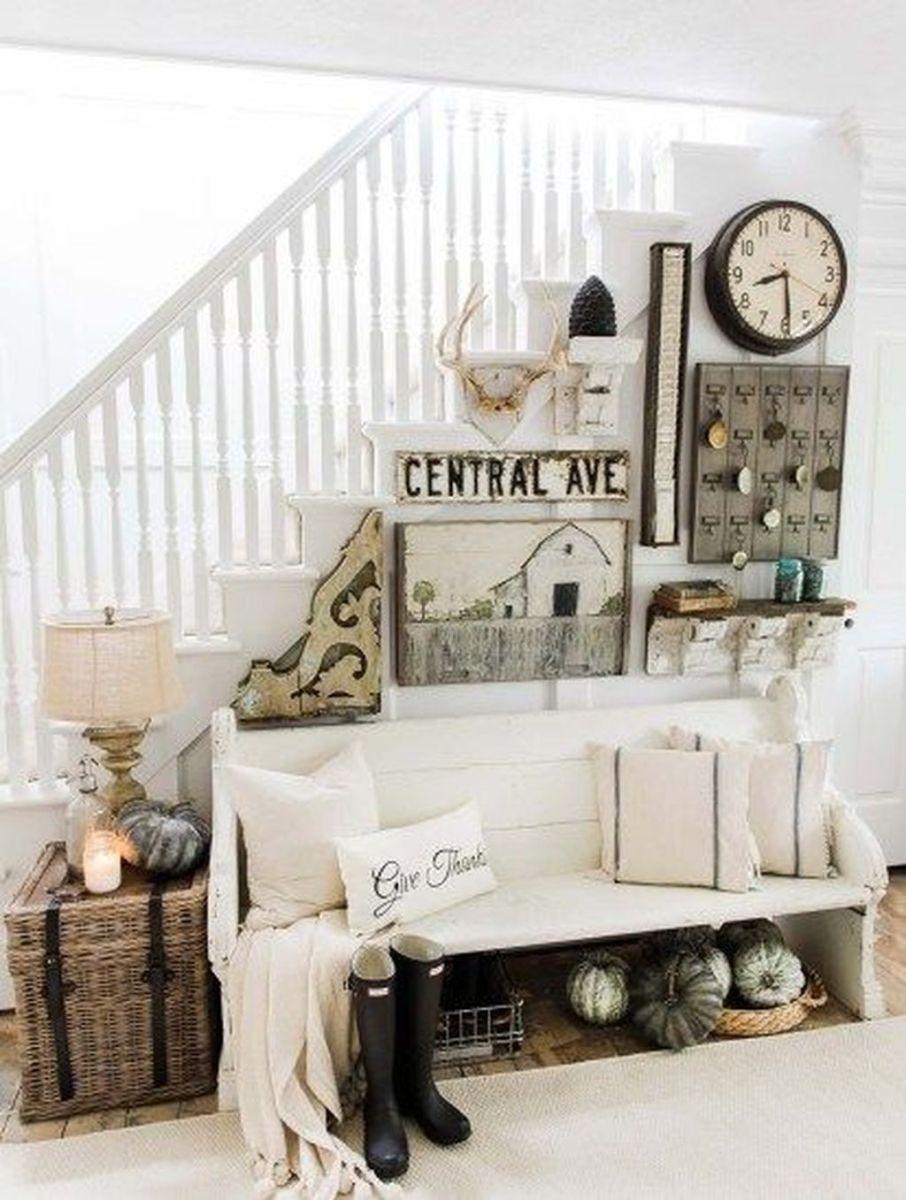 Beautiful Fall Entryway Decor Ideas 33