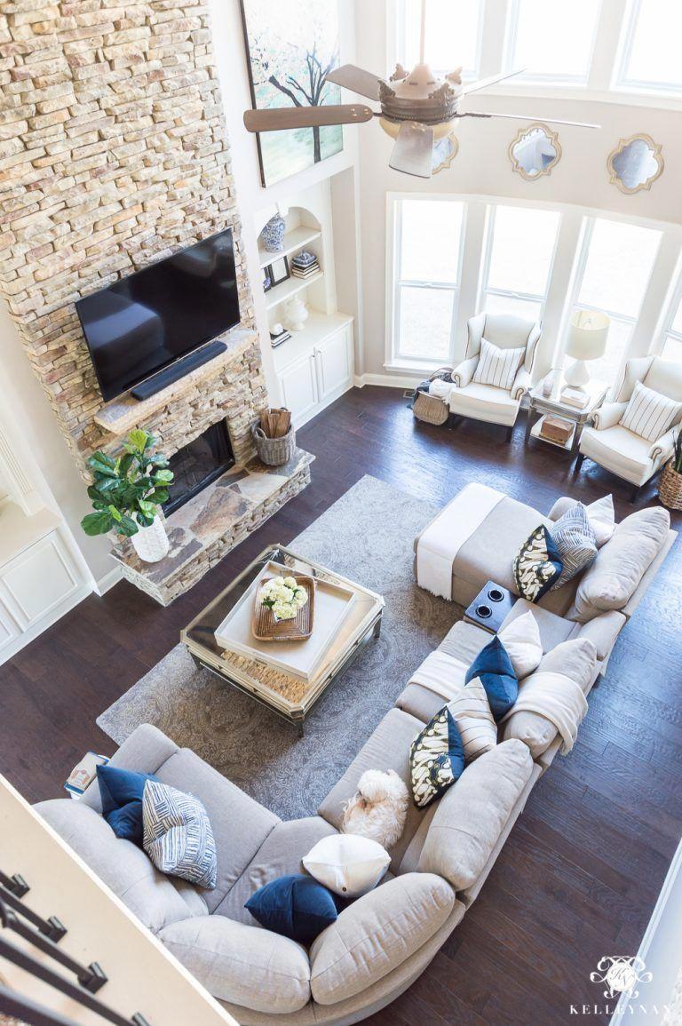 Beautiful Family Room Design Ideas 12