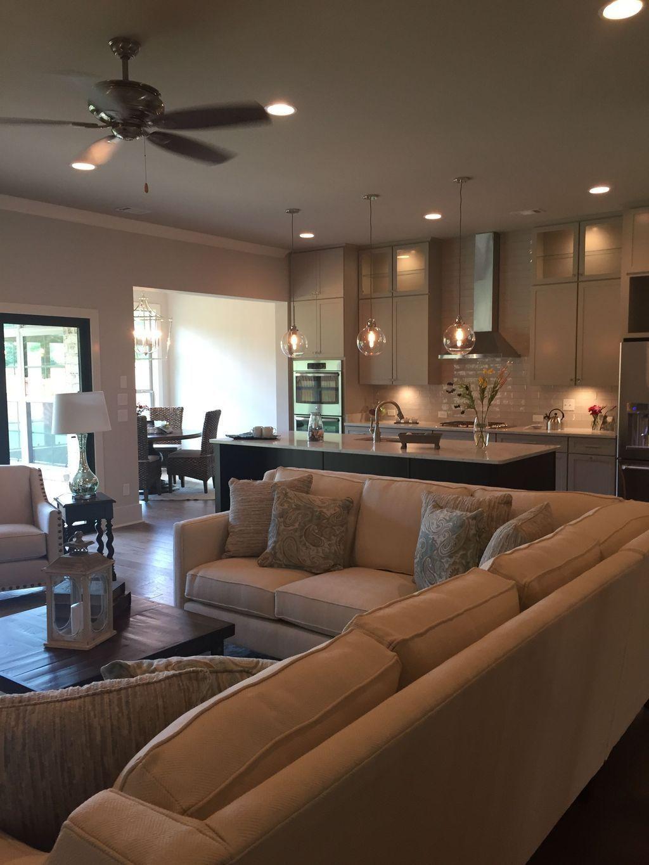 Beautiful Family Room Design Ideas 15
