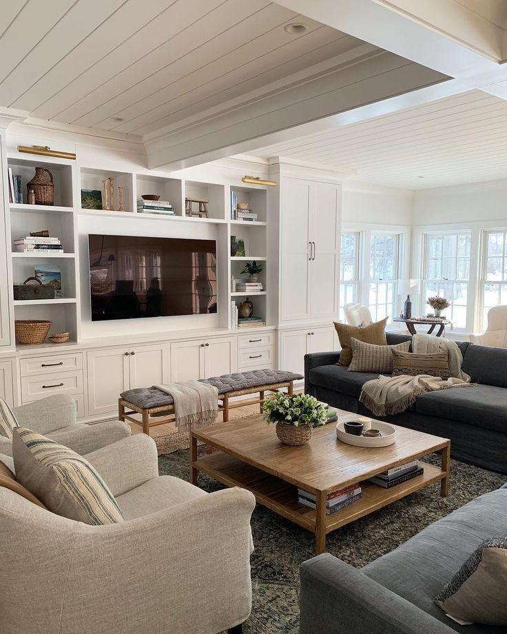 Beautiful Family Room Design Ideas 28