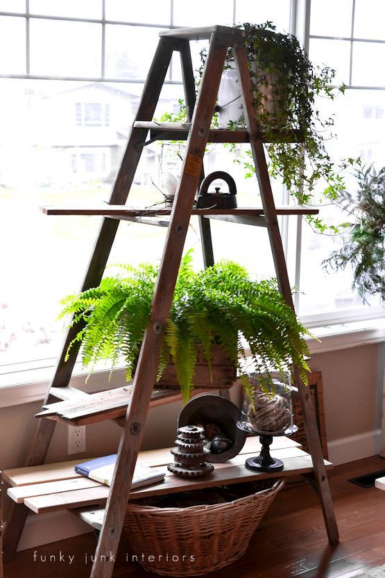 Gorgeous Vintage Ladder Decor Ideas 01