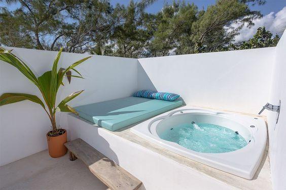 Inspiring Hot Tub Patio Design Ideas For Your Outdoor Decor 21