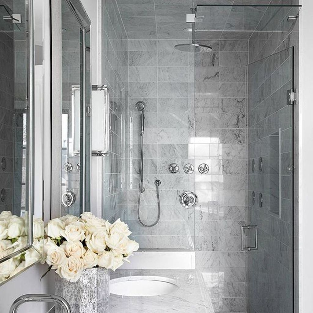 Lovely Classic Bathroom Design Ideas 20