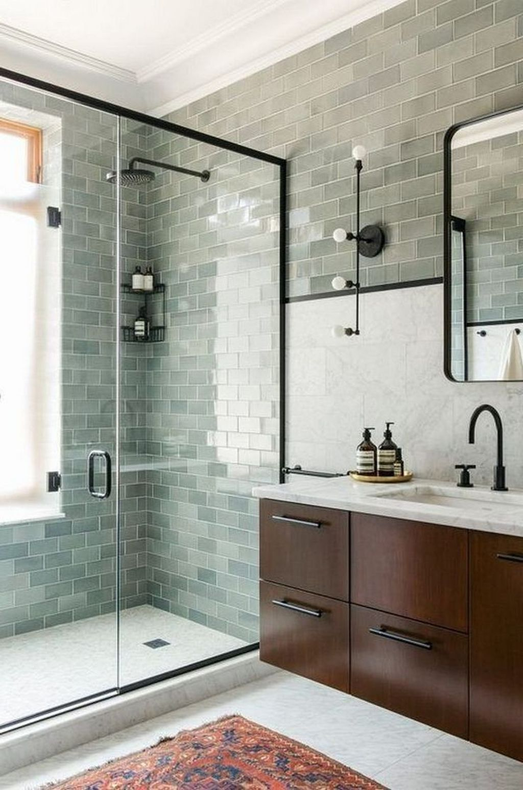 Lovely Classic Bathroom Design Ideas 38