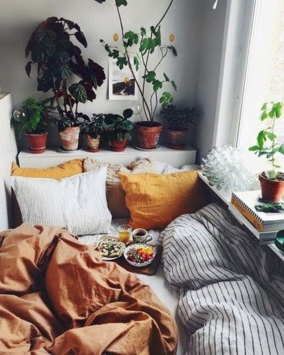 Lovely Fall Bedroom Decor Ideas That Will Popular This Year 02