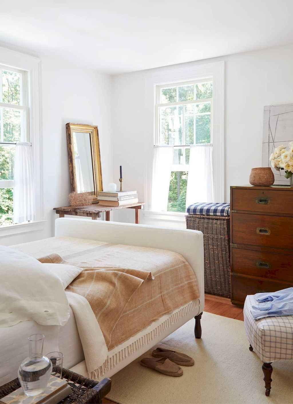 Lovely Lake Bedroom Decorating Ideas 02