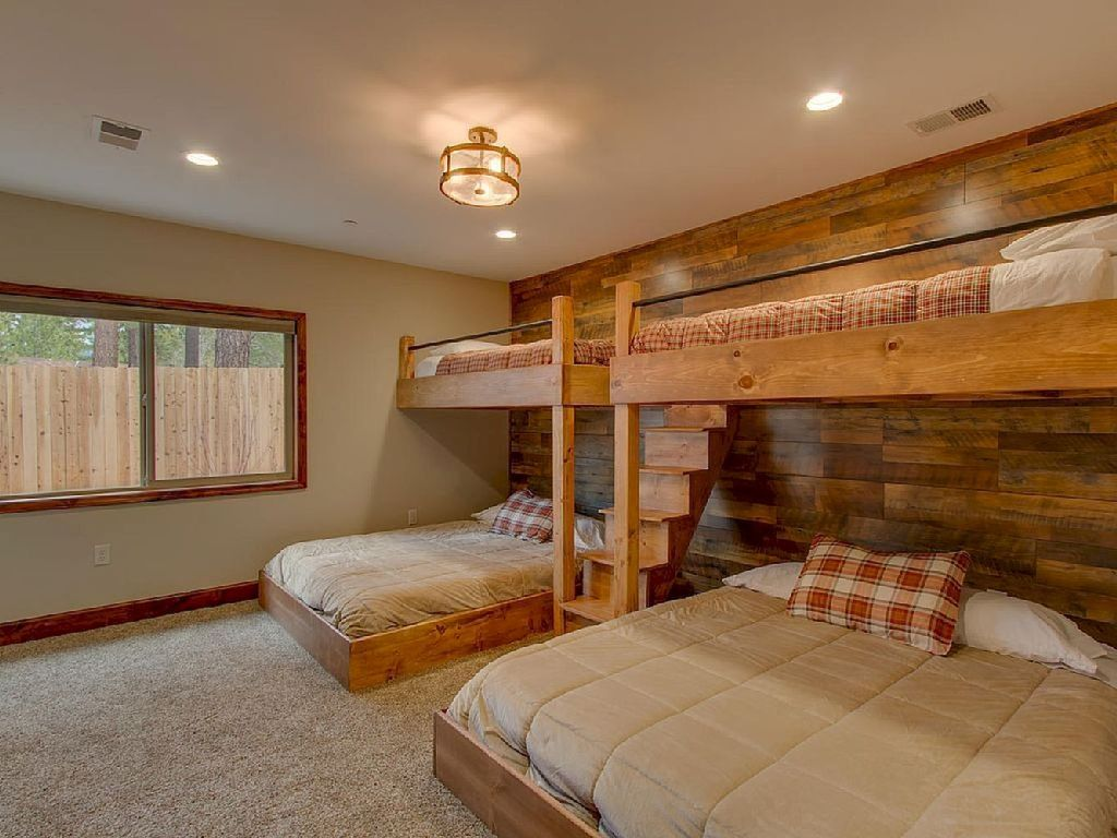 Lovely Lake Bedroom Decorating Ideas 33