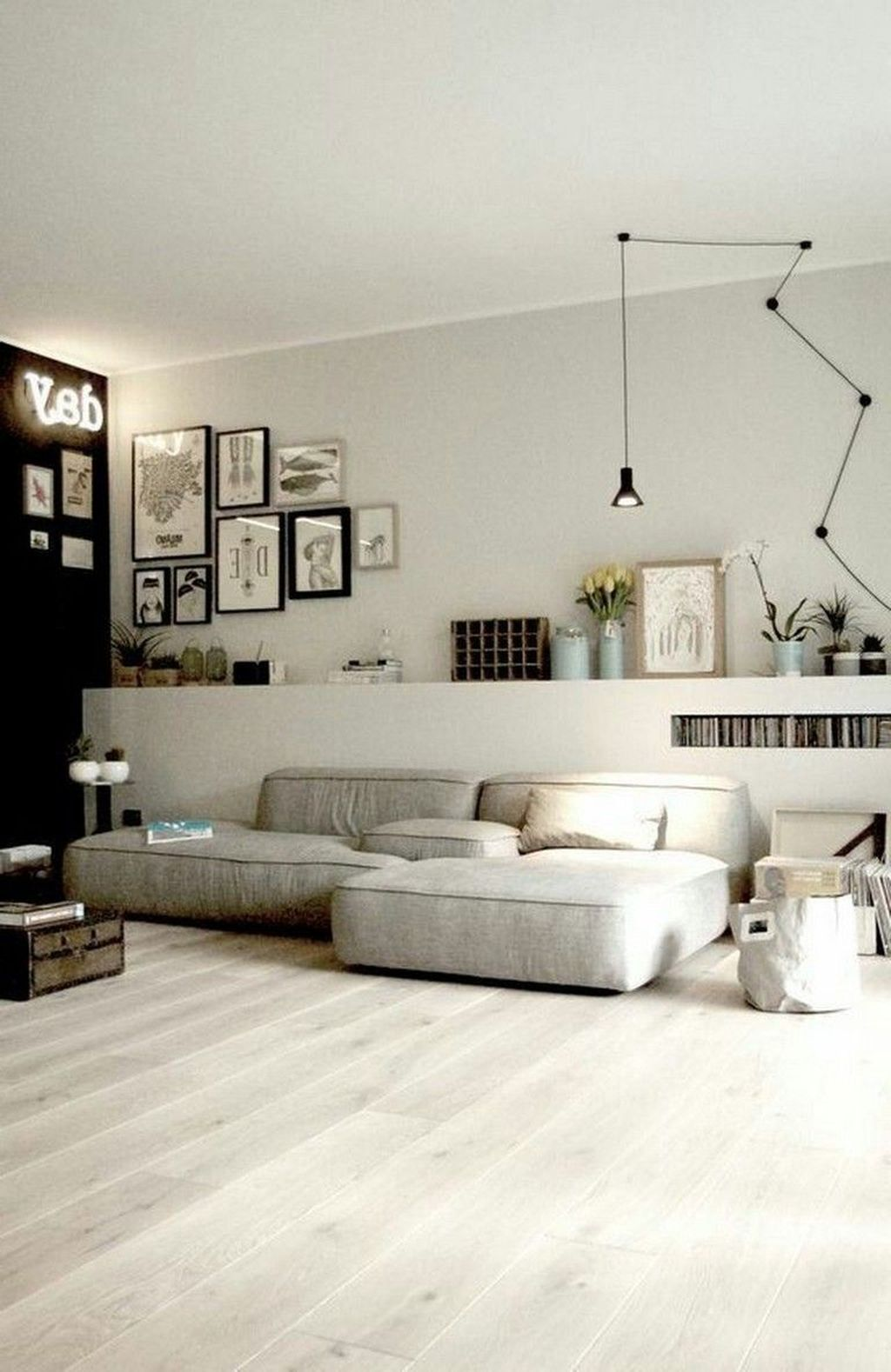 Luxury Living Room Design Ideas With Modern Accent 37