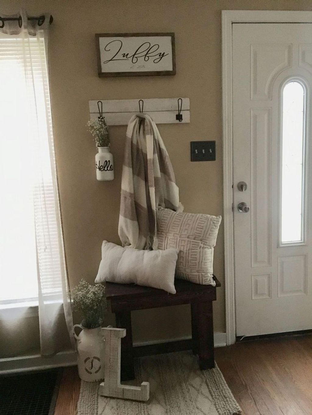 Perfect Entryway Decor Ideas 25