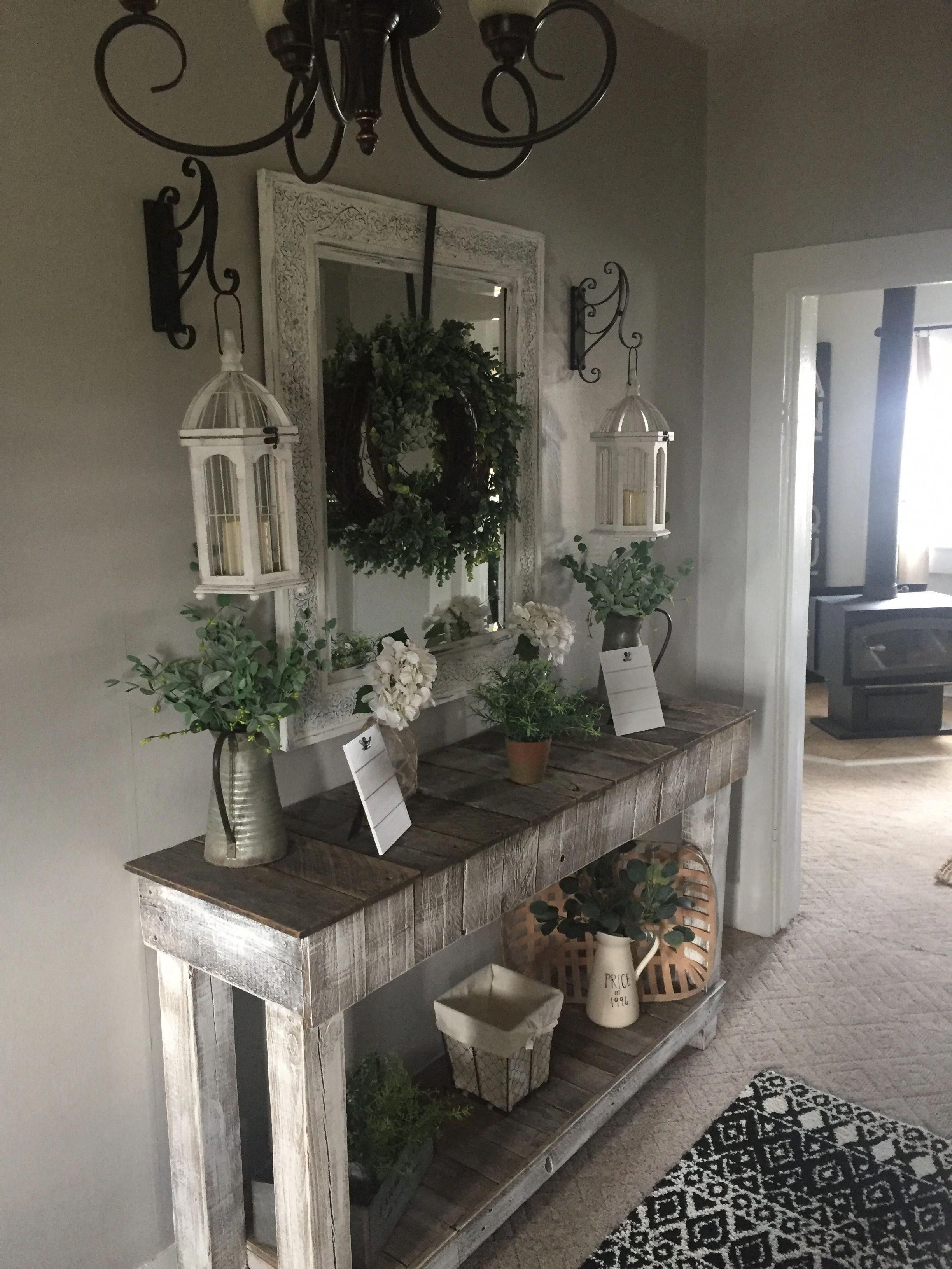 Perfect Entryway Decor Ideas 37