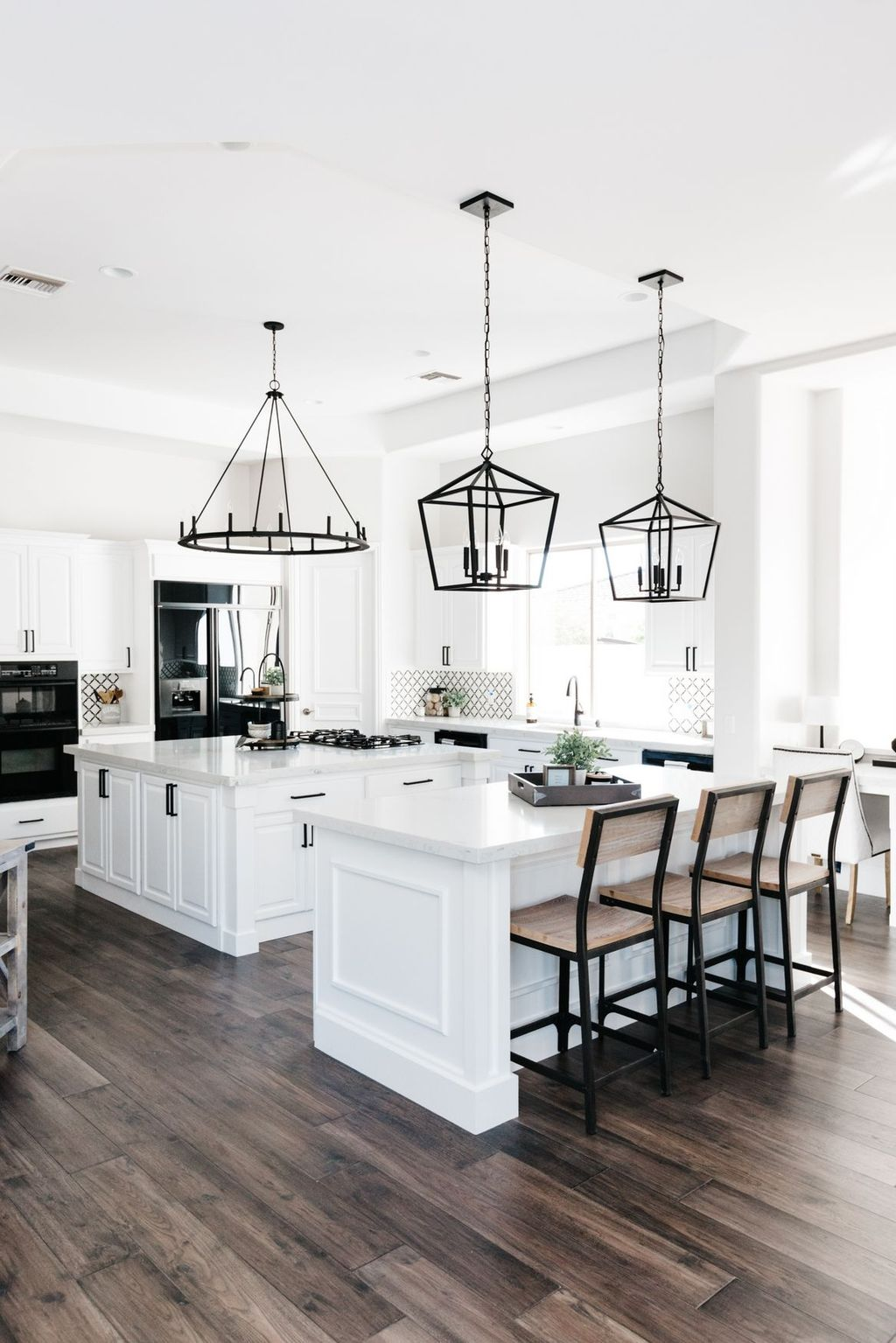 Popular White Kitchen Design Ideas 09
