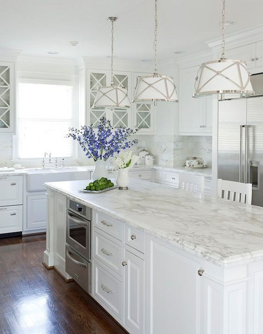 Popular White Kitchen Design Ideas 23