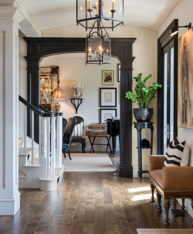 Stunning Foyer Decorating Ideas 20