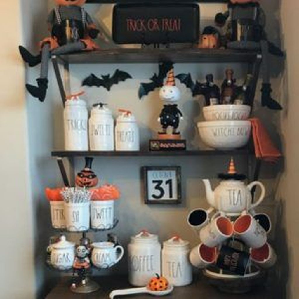 Stunning Halloween Kitchen Decor Ideas 16