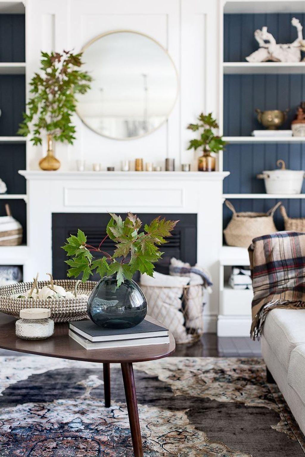 The Best Fall Living Room Decor Ideas Because Autumn Is Coming 14