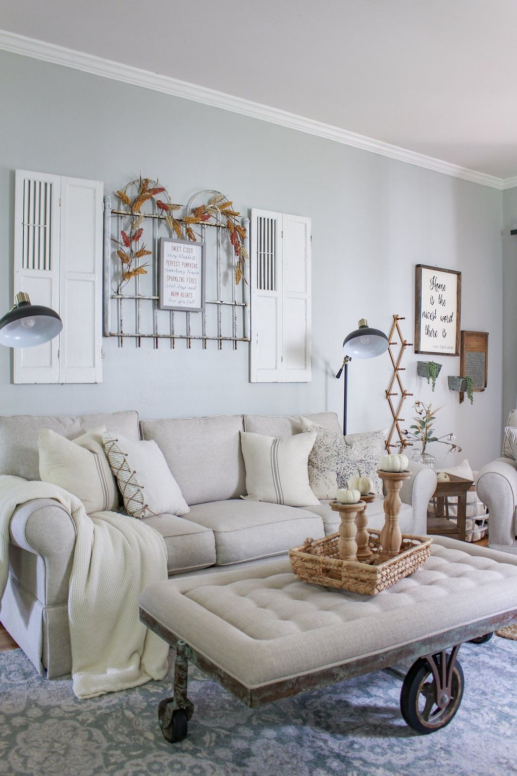 The Best Fall Living Room Decor Ideas Because Autumn Is Coming 22