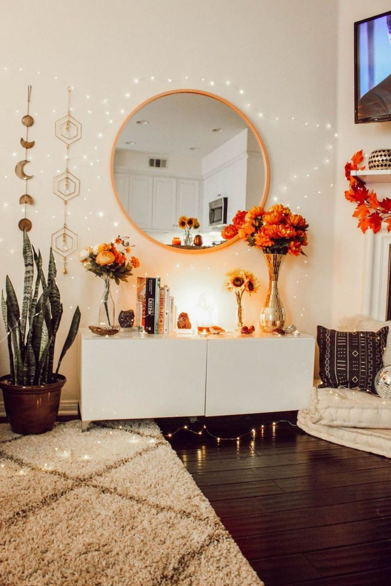 The Best Fall Living Room Decor Ideas Because Autumn Is Coming 24