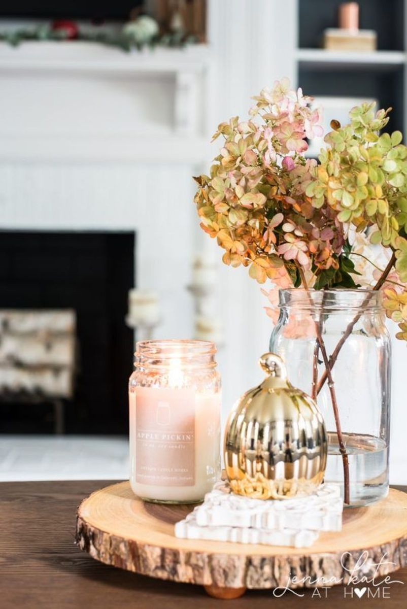 The Best Fall Living Room Decor Ideas Because Autumn Is Coming 38