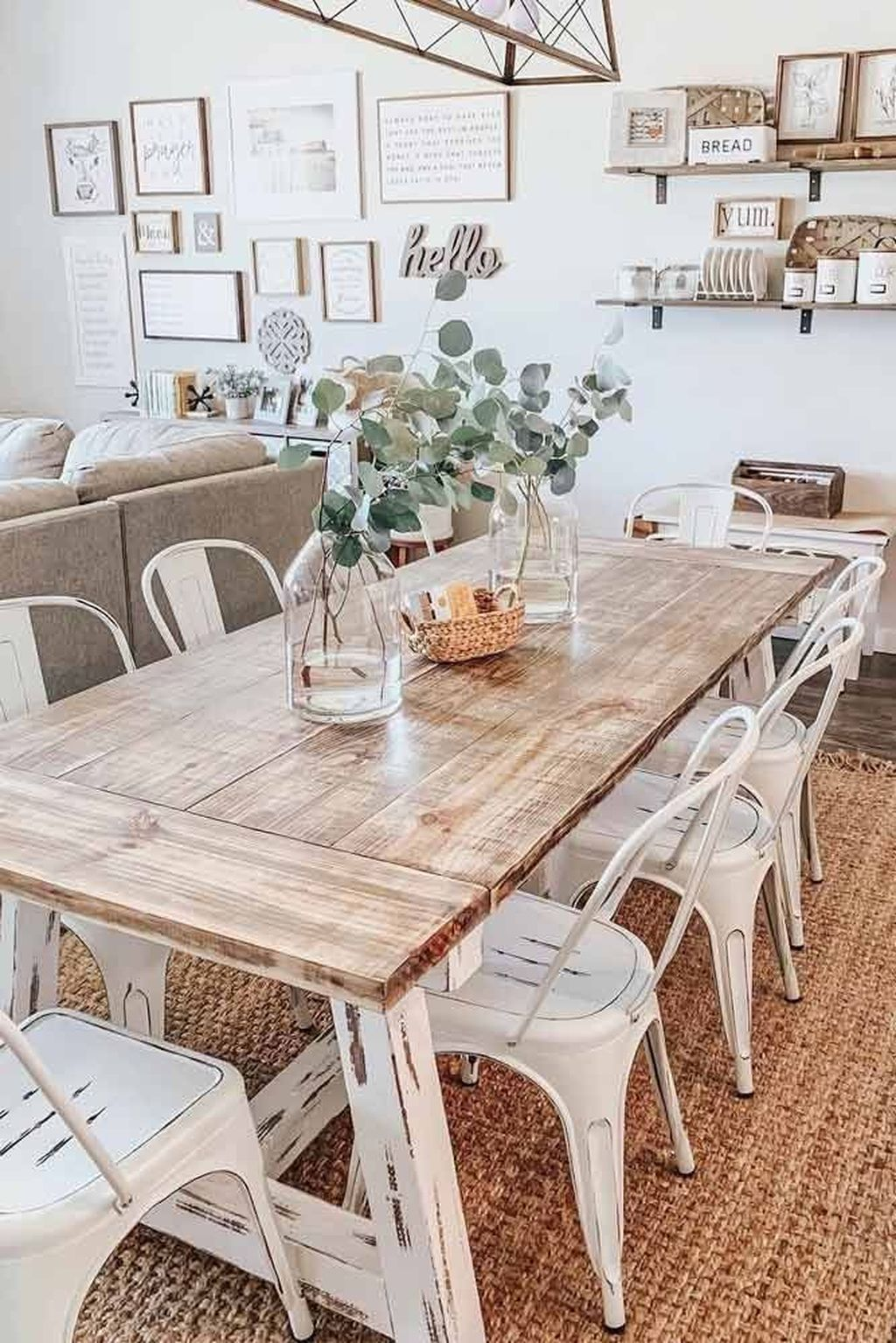 The Best Rustic Dining Room Decoration Ideas 12