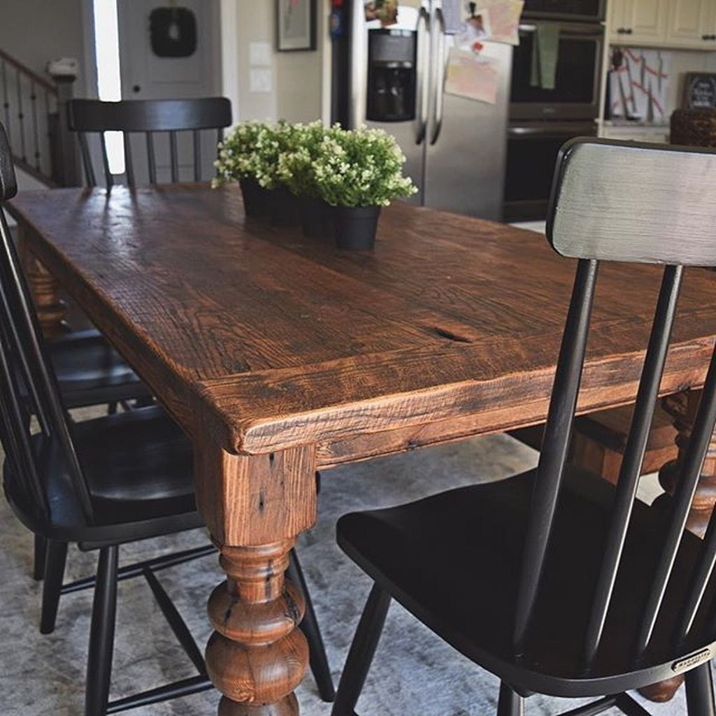 The Best Rustic Dining Room Decoration Ideas 29