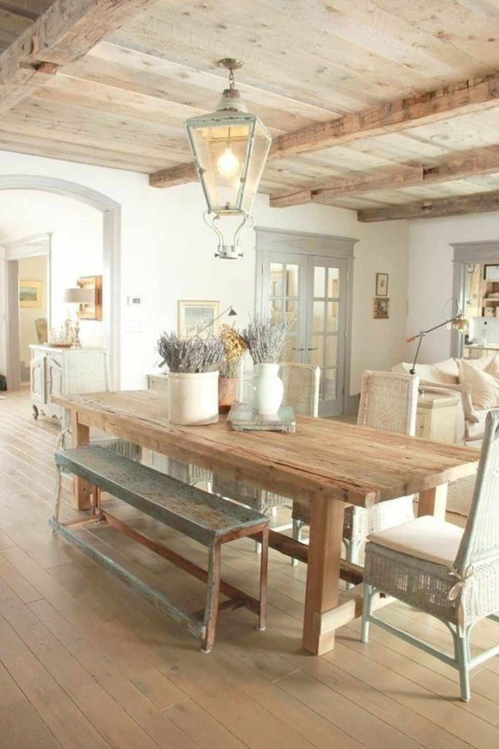 The Best Rustic Dining Room Decoration Ideas 32