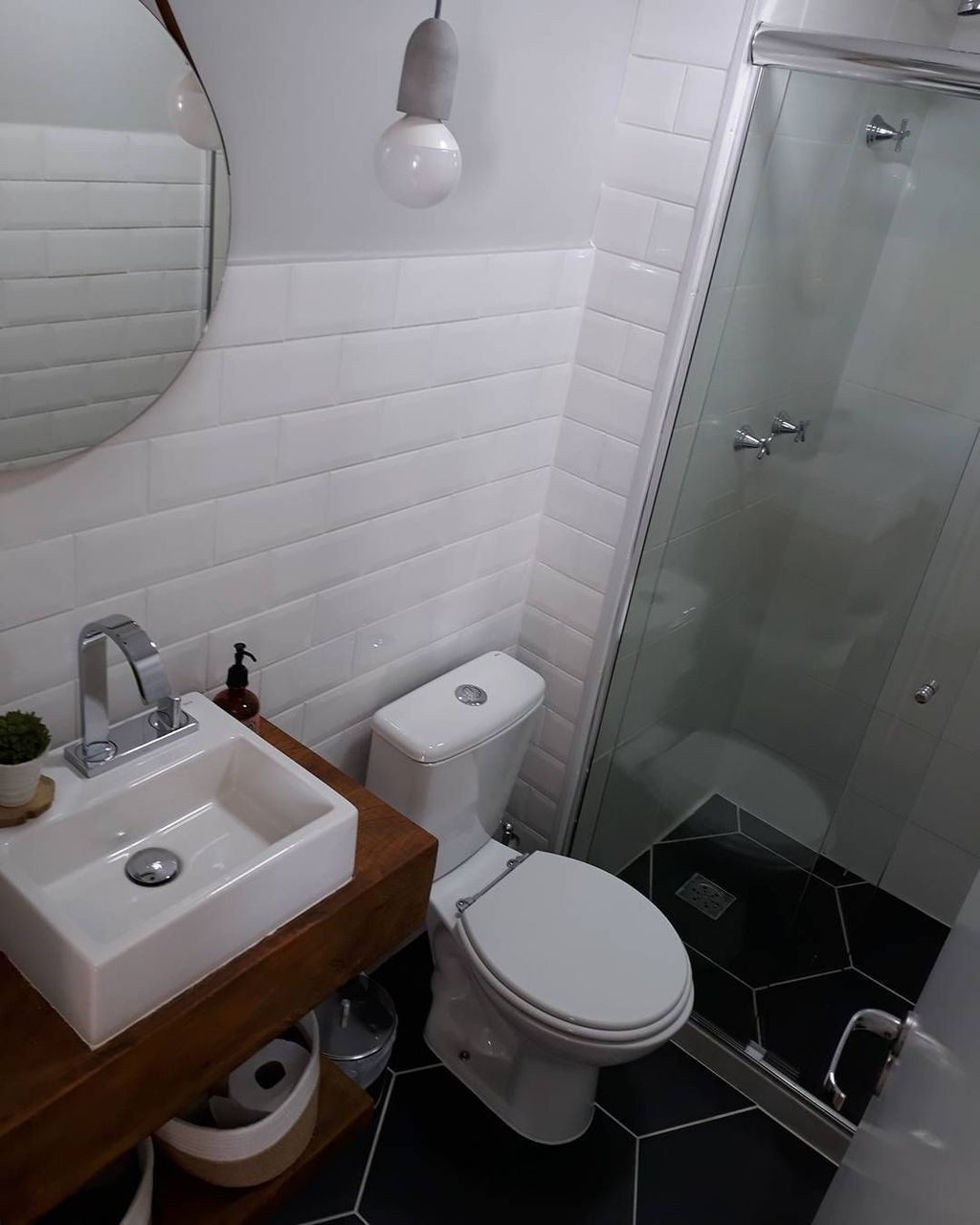 Awesome Small Bathroom Remodel Ideas On A Budget 06