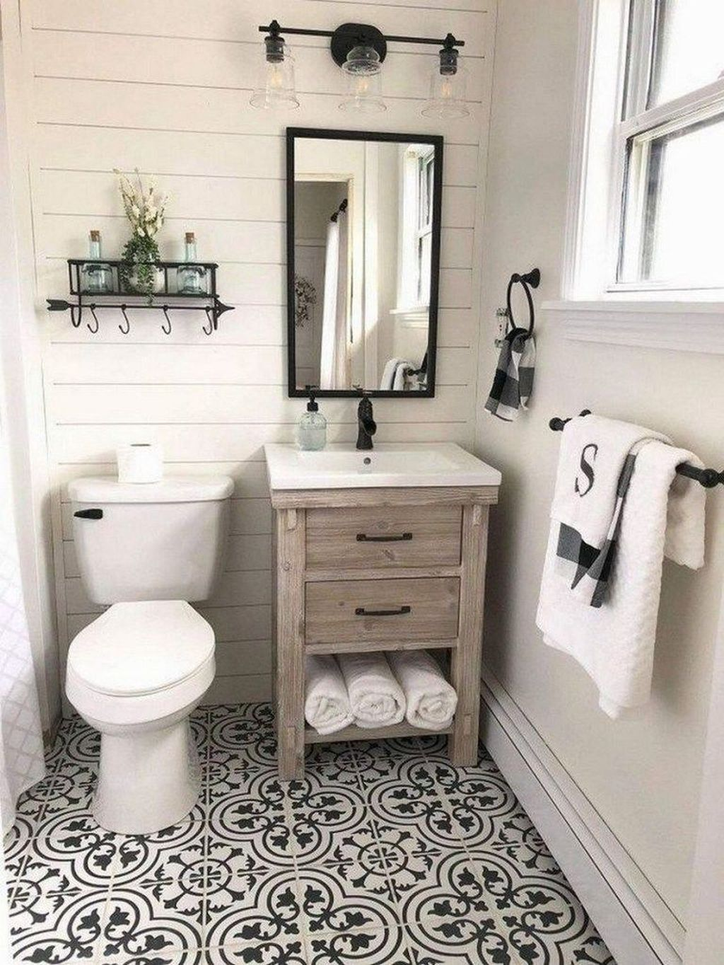 Awesome Small Bathroom Remodel Ideas On A Budget 30