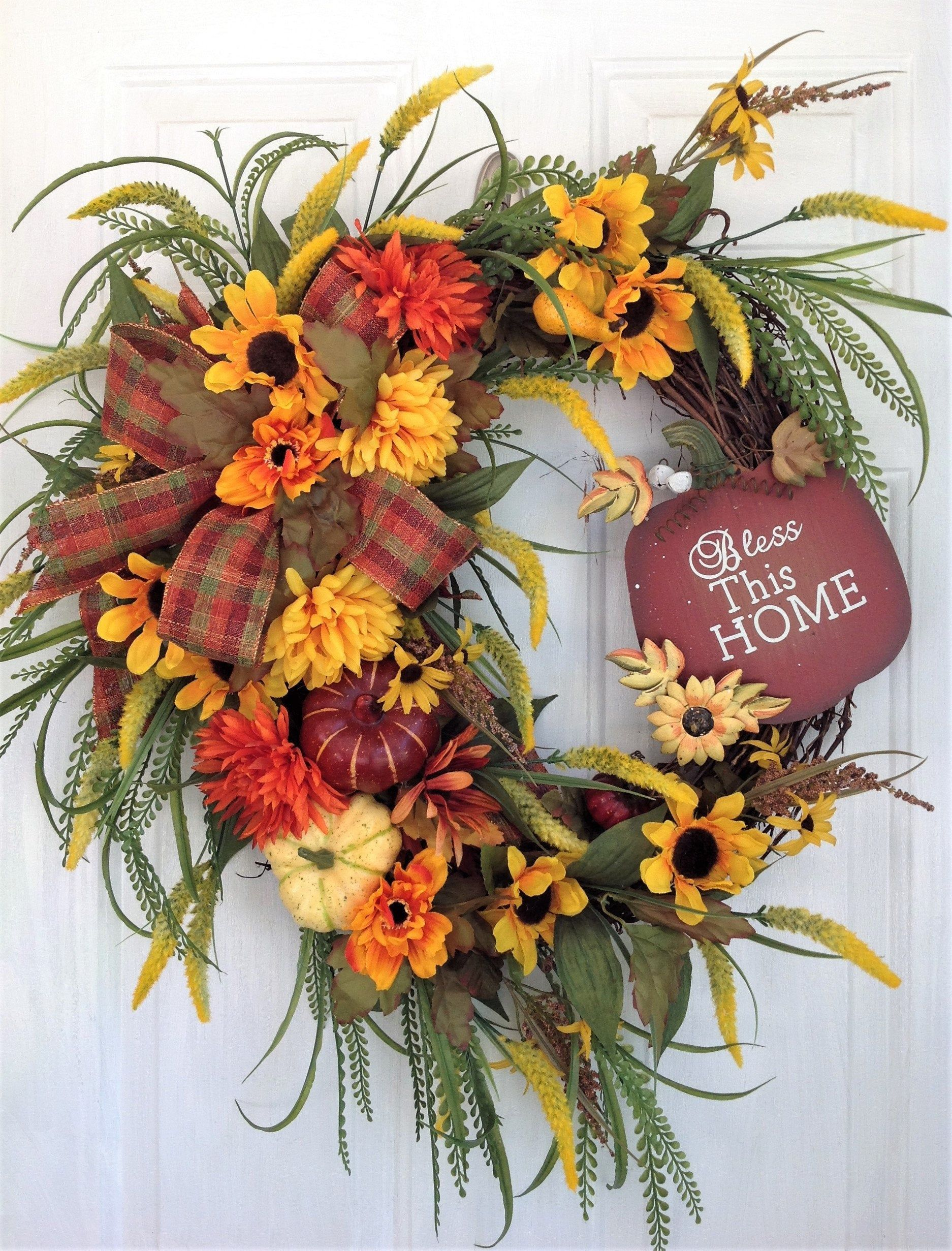 Awesome Thanksgiving Front Door Decor Ideas 18