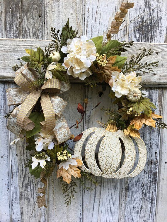 Awesome Thanksgiving Front Door Decor Ideas 21