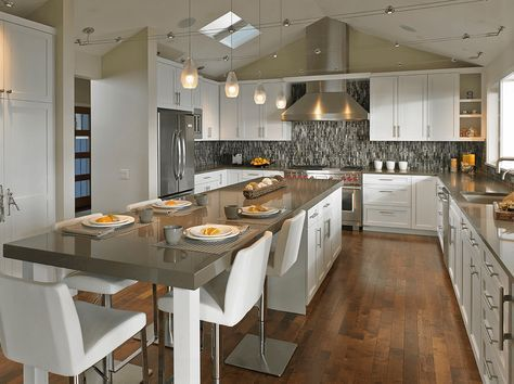 Beautiful Kitchen Island Design Ideas 28